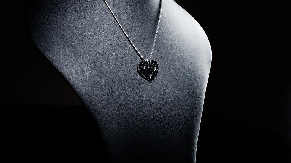 """Anhänger """"Triple Heart"""" aus Carbon und Edelstahl"""
