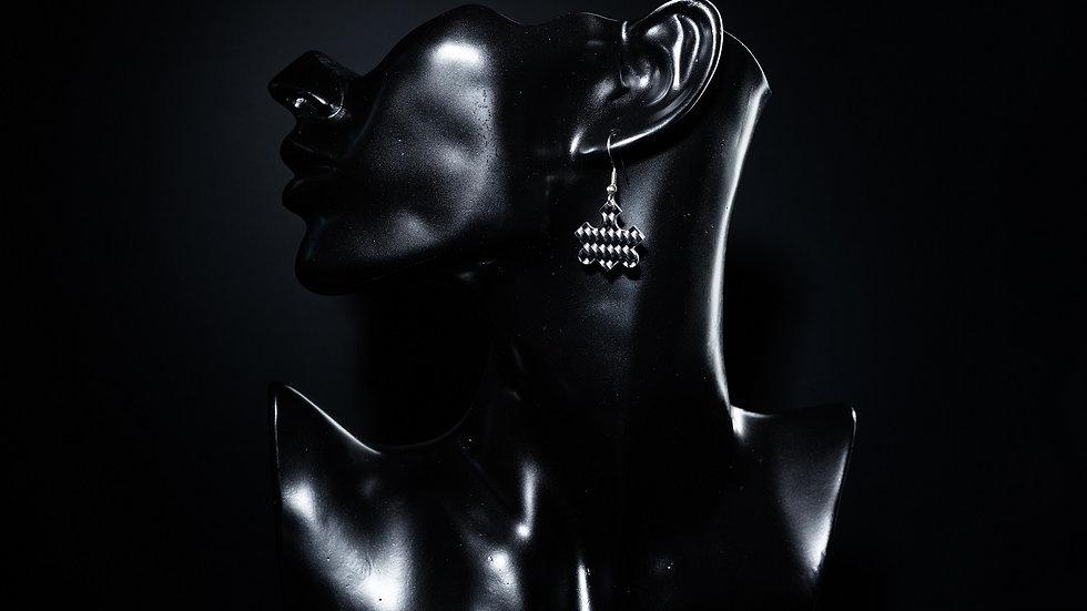 "Ohrhänger ""Puzzle"" aus Carbon mit Edelstahl"