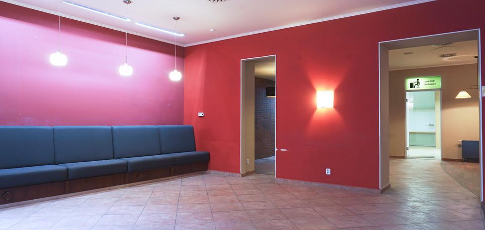 Pohled na průchozí prostory navazující na atrium