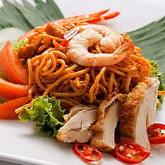 Mee Goreng Mamak with Chicken Chop