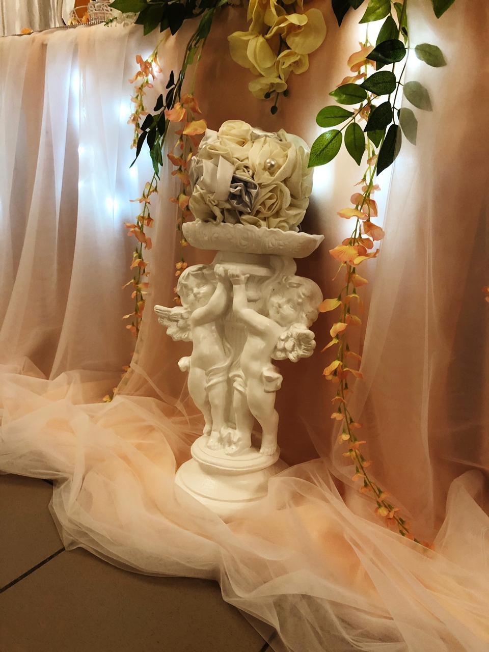"""Красивая свадьба в кафе """"Камелот""""!"""