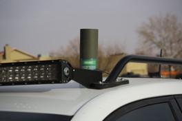 BM-05G antenna mounted on SUV