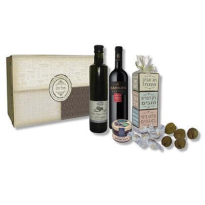 """קופסת קרטון מעוצבת לפסח לעובדים עם יין 750 מ""""ל, שמן זית 500 מ""""ל ו-3 פרלינים"""