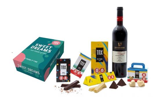 מארז יין ושוקולד לעובדים כשר לפסח. מארז עם ערך מוסף