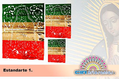 Estandarte Metálico Tricolor, Chico y Grande. Paquete con 10 piezas
