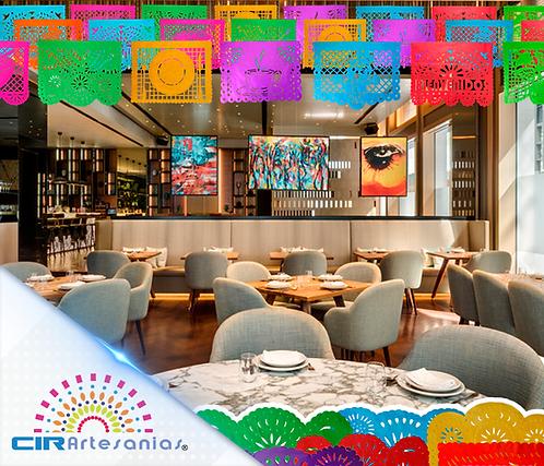 Paquete con 10 tiras de papel picado Multicolor con diseños de Restaurant