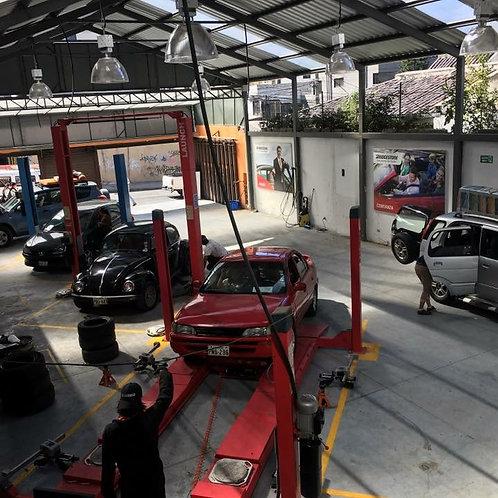 Centro de Servicio Automotriz en Quito