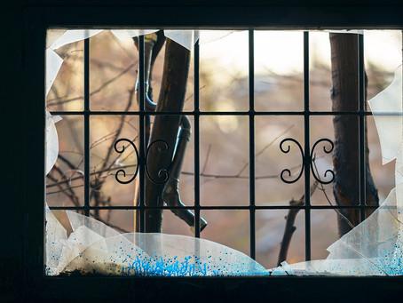 Le parole sono finestre (oppure muri)