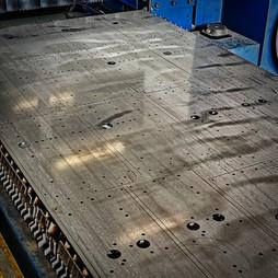 584 Laserati lamierati in acciaio e altr