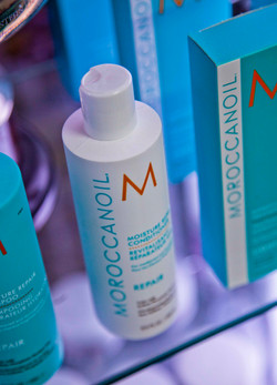 Moroccan Oil Your Hairdresser