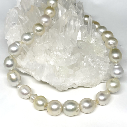 25PC Baroque South Sea Pearl Necklace