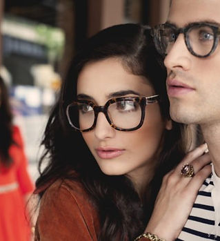 popular-tortoise-shell-eyeglasses-trend-