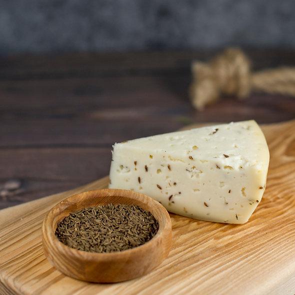 Монкле́р Куми́н — сыр полутвёрдый, выдержанный, с тмином, кусок 150г