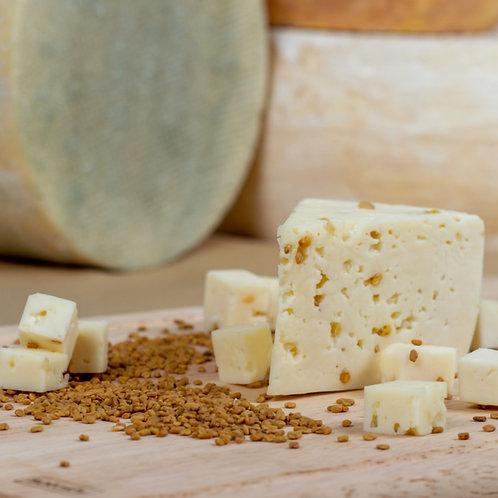 Монкле́р Фену́ — сыр полутвёрдый, выдержанный, с пажитником, кусок 150г