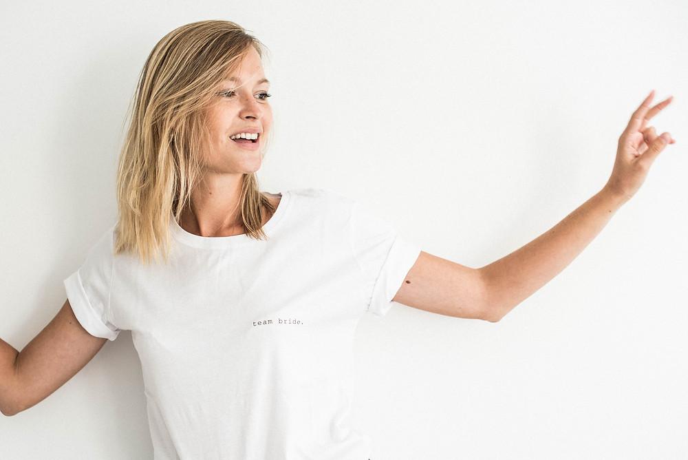 """Tee-shirt """"team bride."""" Buttée. Paris en coton biologique"""