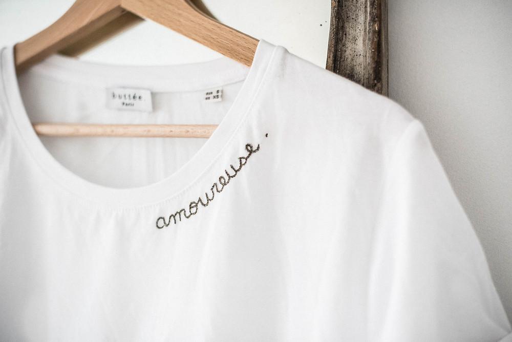 Tee-shirt brodé personnalisable Buttée. Paris pour Noël 2018