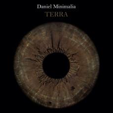 Daniel Minimalia / Terra