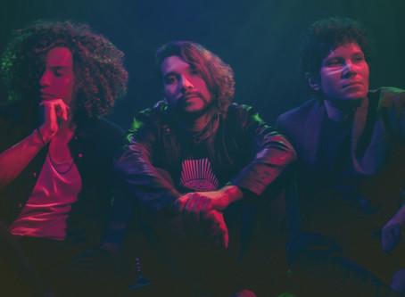 """""""Les Indigents"""" y su universo audiovisual en expansión, nuevos artistas de Larrosa Music Group."""