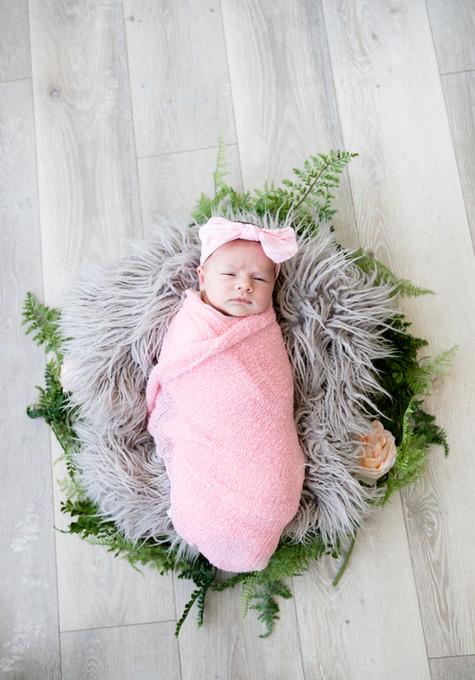 Madelyn Newborn-24.jpg