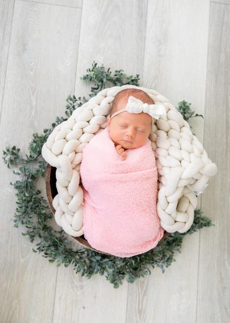 Eleanor Newborn-64.jpg