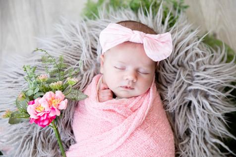 Madelyn Newborn-45.jpg