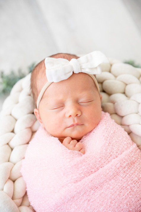 Eleanor Newborn-54.jpg
