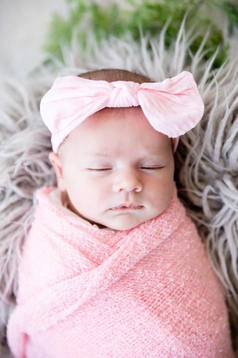 Madelyn Newborn-33.jpg