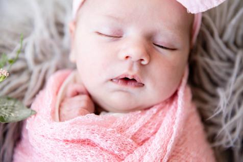 Madelyn Newborn-50.jpg