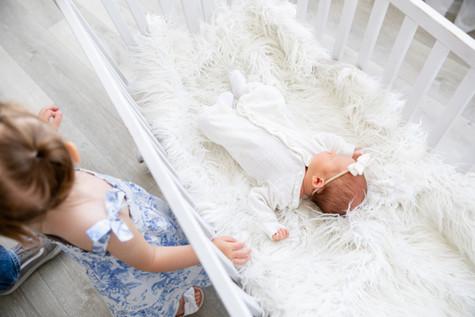 Eleanor Newborn-15.jpg