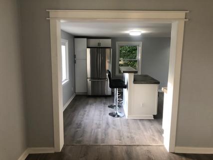 Simple and elegant trim design between rooms