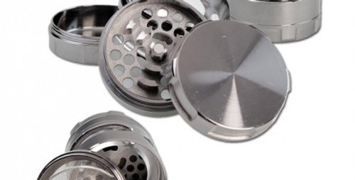 grinder in metallo in 4 parti Grigio