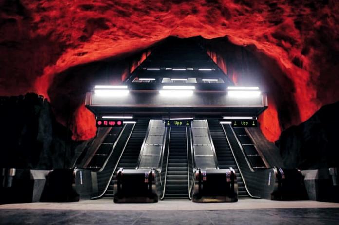 Solna Centrum Metro Station Stockholm.jp