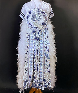 Bryan senior homecoming mum