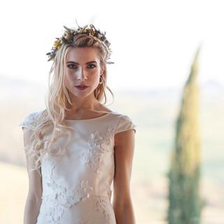 Silvia Valli - Abito da sposa manica corta scollatura a barchetta