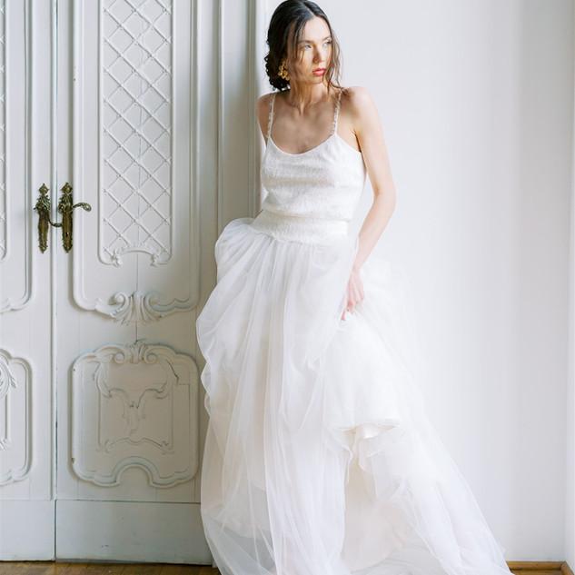 Silvia Valli - Abito da sposa in tulle e pizzo Chantilly