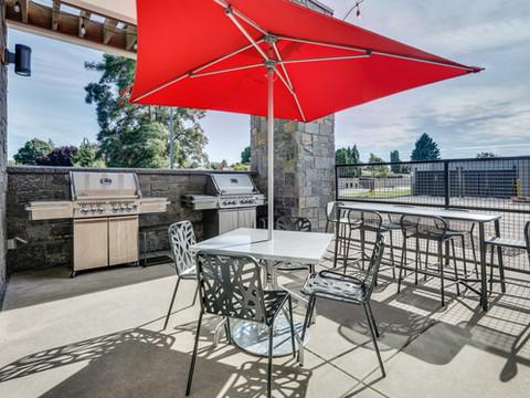 YKMWAHT_patio-grills-low res.jpg