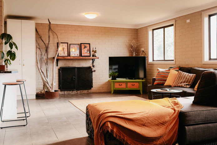 East-Lake-Travellers-Lodge-Common-Room-D