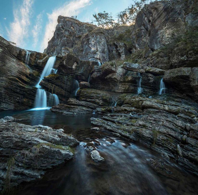East-Lake-Travellers-Lodge-Waterfall-Mag