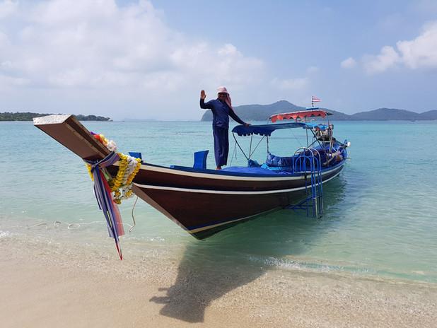 Snorkelling Koh Tan with a fisherman.jpe