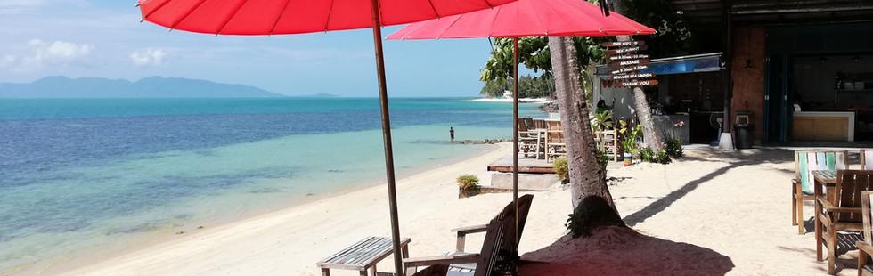 Bangpor beach - By Beach restaurant 15 m