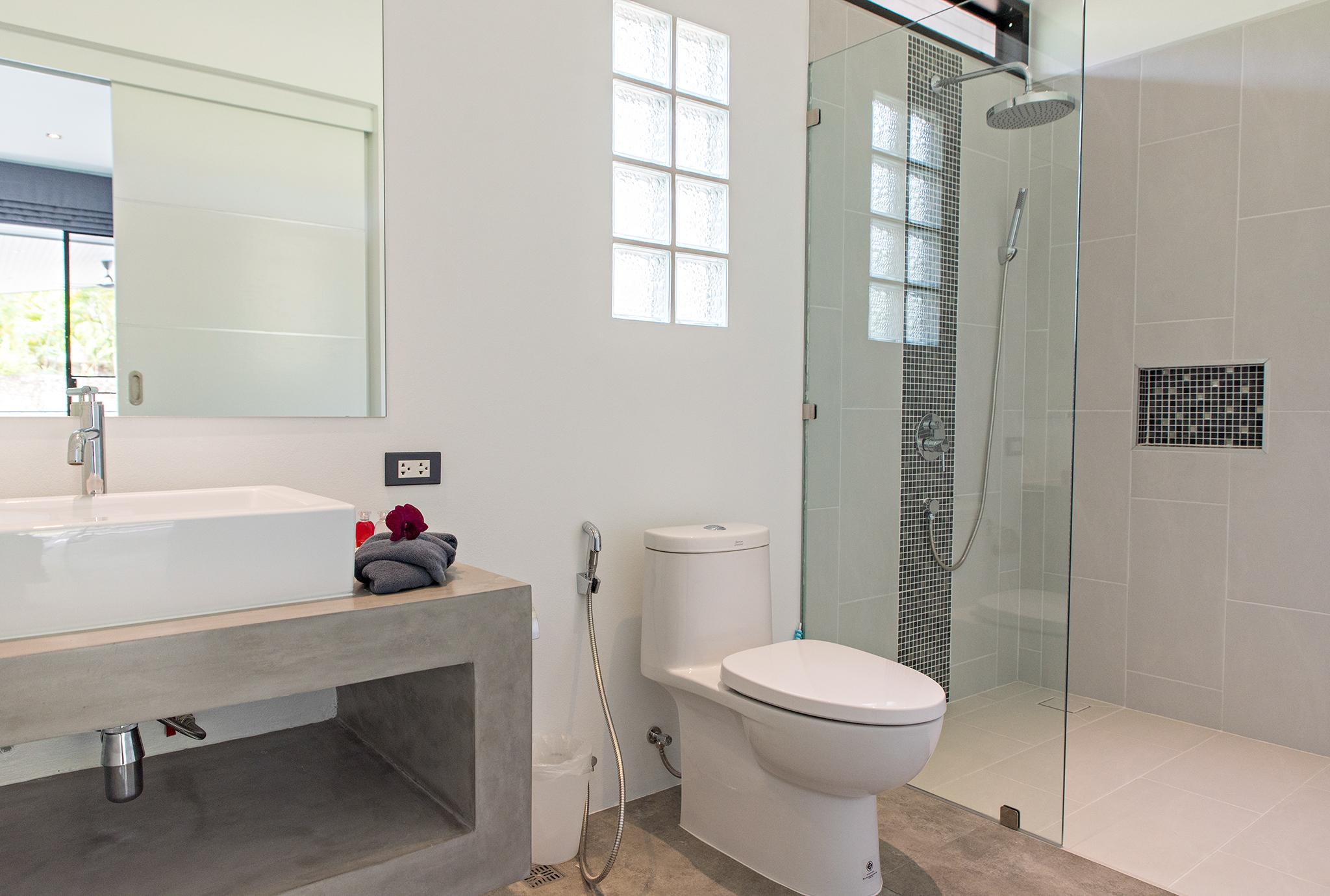 4 BDR with 4 ensuite bathrooms - Baan Sawadee villa Koh Samui Thailand