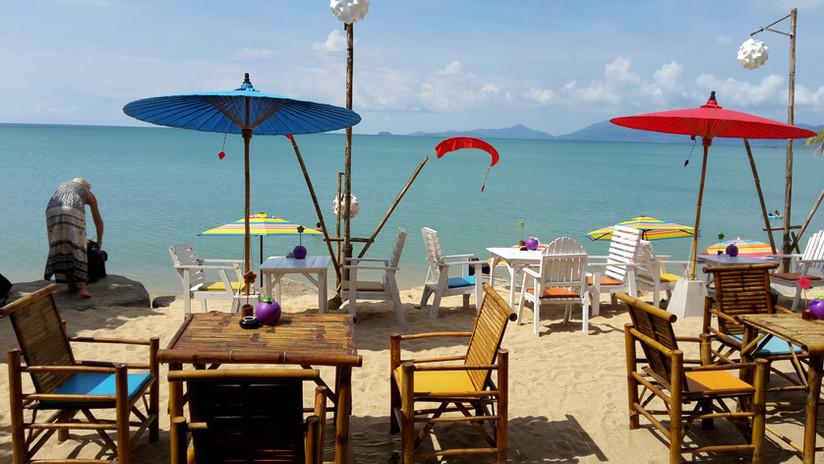 Tree houses silent beach restaurant