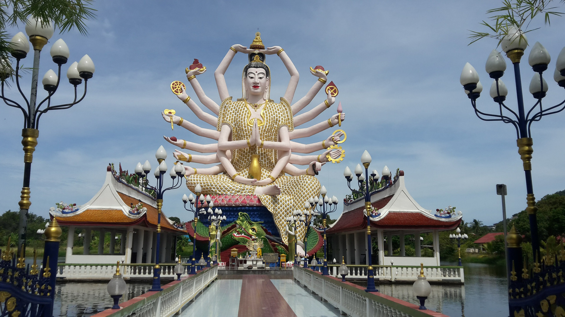 Wat Plai Laem - Guanyin, the Goddess of