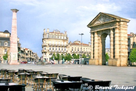 Porte d'Aquitaine & Obelisk