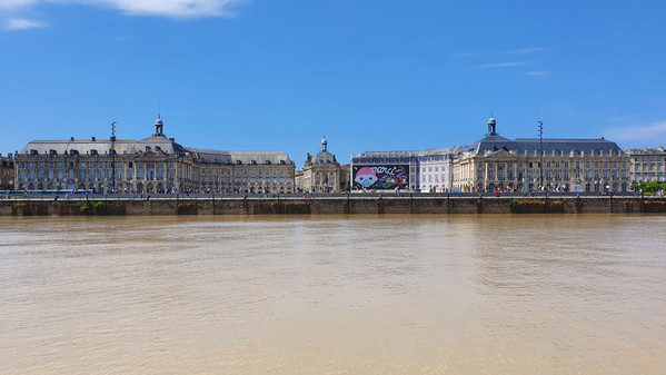 View from the Garonne river