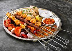 Jumeirah_Zabeel_Saray_-_Al_Nafoorah_-_Mixed_grill.jpg