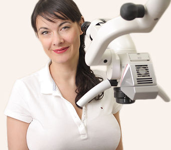 Christine-Mikroskop.jpg
