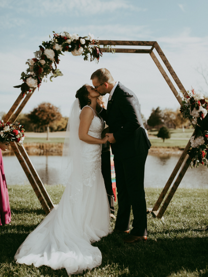 photography - Papersuitcase venue - Blueberry Hill Estate  Winery - Turkey Point, ON decorator - Unveiled Custom Wedding & Event Design