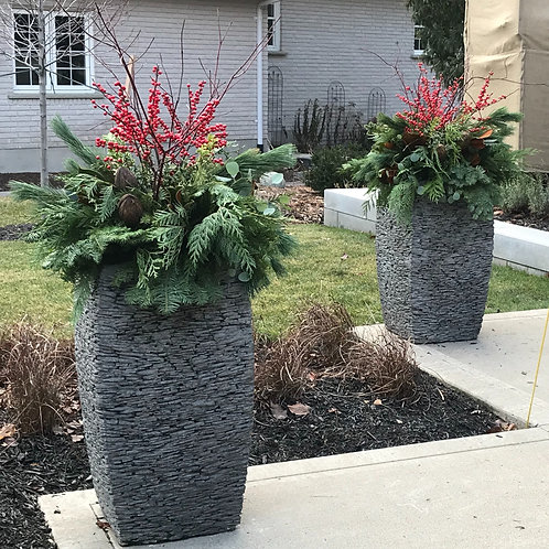 traditional winter planter (DI)