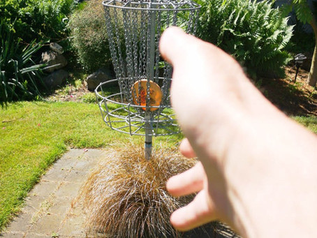 Common Mistakes in Disc Golf: Failing to follow-through when putting